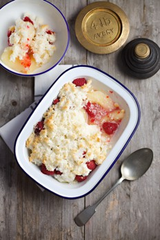 1644 pear and raspberry crumble